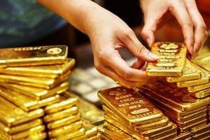 Giá vàng hôm nay 24/9: Tiếp tục tăng, tiến sát mốc 43 triệu/lượng