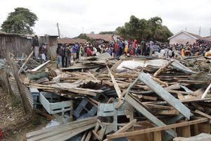 Sập trường học ở Kenya: 7 học sinh tử vong