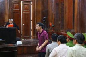 Xét xử vụ VN Pharma buôn thuốc chữa ung thư giả: Bị cáo Nguyễn Minh Hùng nhận tội, nhưng đổ lỗi do… không hiểu về dược