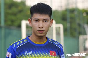 Tiền vệ U22 Việt Nam: Quen đá 'phủi', không lo đá sân cỏ nhân tạo ở SEA Games