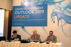 ADB: Kinh tế Việt Nam sẽ gặp rủi ro nếu xung đột thương mại biến thành chiến tranh tiền tệ