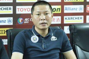 HLV trưởng Hà Nội FC không trách thủ môn Bùi Tiến Dũng