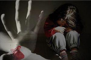 Thiếu niên 16 tuổi hiếp dâm 2 em gái cùng cha khác mẹ