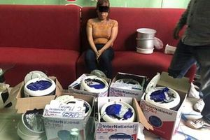 Người phụ nữ ở Hà Nội vận chuyển 15kg ma túy được giấu tinh vi trong nồi cơm điện