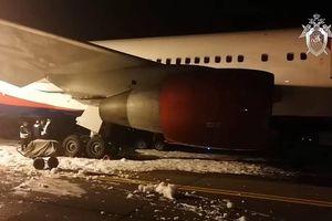 Thiết kế cầu trượt khẩn làm hành khách bay từ Cam Ranh bị thương