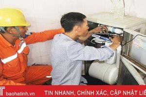 Điện lực Can Lộc khắc phục hậu quả chạm chập trạm biến áp Đồng Lộc