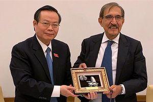 Phó Chủ tịch Quốc hội Phùng Quốc hiển hội đàm với Phó Chủ tịch Thượng viện italy