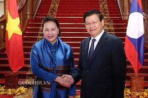 Chủ tịch Quốc hội Nguyễn Thị Kim Ngân hội kiến Thủ tướng chdcnd Lào Thongloun sisoulith