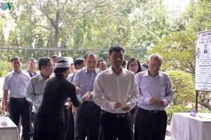 Đoàn Đài Tiếng nói Việt Nam viếng nhà báo lão thành Lê Quý