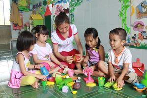 Không để trẻ 5 tuổi học ghép với các độ tuổi khác