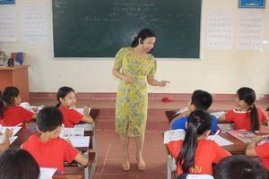 Gần 2.000 học sinh tại Hà Tĩnh không được học tiếng Anh: Vì đâu nên nỗi?