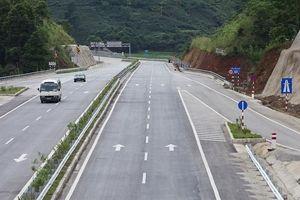 Lào Cai làm nút giao với tuyến cao tốc Nội Bài - Lào Cai tại thị trấn Phố Lu