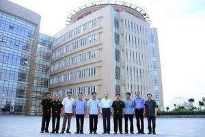 Đoàn đại biểu Hội Nạn nhân chất độc da cam/dioxin Việt Nam thăm Bệnh viện Quân y 175