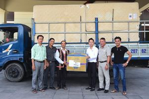 Ủng hộ nhiều vật dụng cho dự án nhà lưu trú phục vụ du lịch của đồng bào Cơ Tu