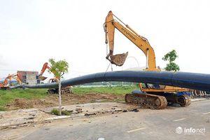 Đà Nẵng: Đường ống nước D900 dài 370m đã được kéo vượt sông Hàn thành công