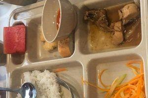 Thành lập hội phụ huynh tại trường quốc tế có suất ăn mà phụ huynh 'nhìn muốn khóc'