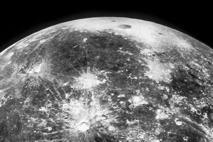 Mặt Trăng là nơi ẩn giấu sự sống ngoài hành tinh?