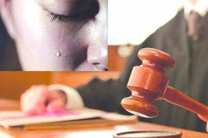 Nước mắt 2 người mẹ trong phiên tòa