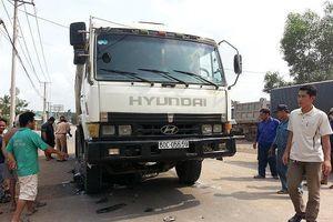 Phạt hàng chục tỷ, xe quá tải vẫn tung hoành ở TP.HCM