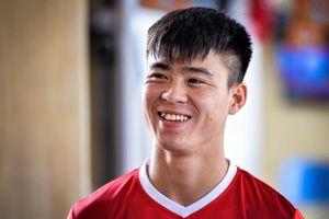 Duy Mạnh được khen 'đẹp trai nhất Đông Nam Á' trong ngày sinh nhật