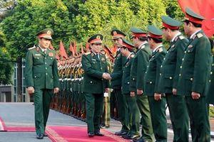 Đại tướng Ngô Xuân Lịch thăm, làm việc và chủ trì bàn giao chức vụ Tư lệnh Quân khu 2