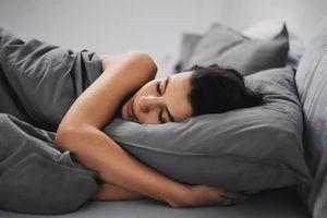 Ngủ nhiều hơn hoặc ít hơn 7-8 giờ có thể dẫn đến các bệnh và tình trạng không ngờ