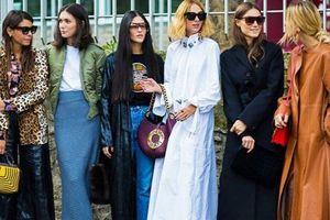 7 xu hướng túi xách hot nhất đường phố Paris, size càng nhỏ càng đắt tiền