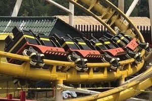 Tàu lượn siêu tốc chệch đường ray, ít nhất 2 người thiệt mạng