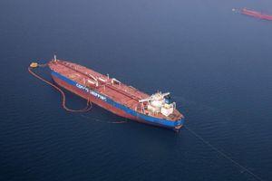 Tàu dầu Trung Quốc rơi vào 'danh sách đen' của Mỹ: Thị trường vận chuyển nhiên liệu hoảng loạn