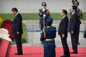Ông Tập viếng lăng Mao Trạch Đông trước lễ quốc khánh
