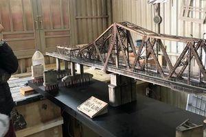 Chiêm ngưỡng mô hình cầu Long Biên như thật của chàng trai Đà Lạt