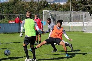 Văn Hậu tiếp tục được trao cơ hội ở đội dự bị Heerenveen