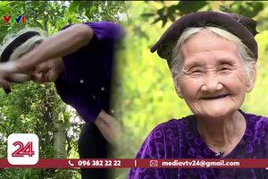 Cụ bà 83 tuổi 'xin thoát nghèo': Nhiều người cảm phục, trân trọng và thấy... xấu hổ