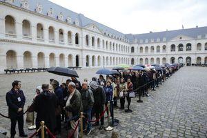Người dân xếp hàng, nguyên thủ nhiều nước dự đám tang cựu Tổng thống Pháp Jacques Chirac