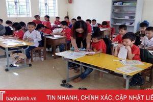 Giáo viên 'chạy show' như thoi, gần 2.000 học sinh lớp 3 ở Hương Khê vẫn chưa được học tiếng Anh!