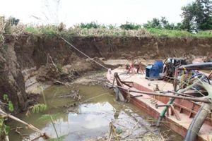 Đắk Nông: Bắt quả tang 4 tàu hút cát trái phép trên sông