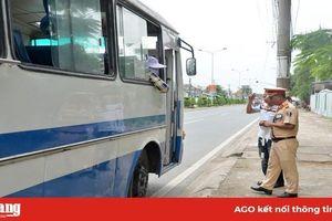 Xử phạt 946 trường hợp vi phạm trật tự an toàn giao thông