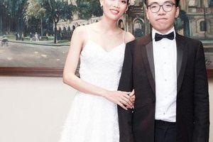 Vừa tố chồng sống thiếu trách nhiệm, Nguyễn Hợp 'Next Top' lại gây chú ý với chia sẻ ngầm khẳng định hôn nhân trục trặc