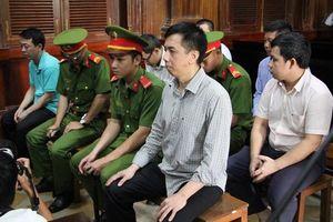 Vụ án VN Pharma: Nguyễn Minh Hùng bị tuyên phạt 17 năm tù