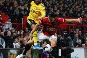 Man United rơi xuống vị trí thứ 10, ghế Solskjaer lung lay!