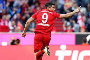 Tottenham - Bayern Munich: Coi lại hàng thủ