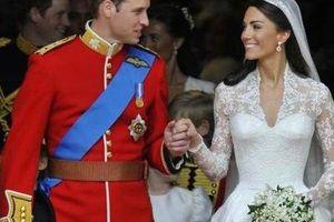 Công nương Kate đã từng bật khóc nức nở vì lộ váy cưới