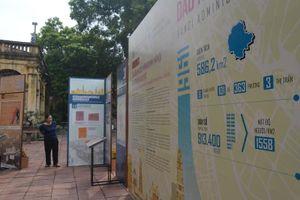 Giới thiệu 88 tư liệu lưu trữ và hình ảnh tại Triển lãm 'Dấu ấn địa giới hành chính Hà Nội'