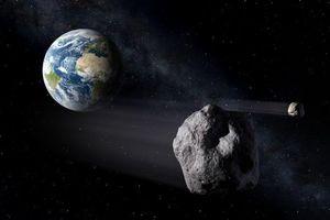 Bốn tiểu hành tinh đang bay sượt qua trái đất