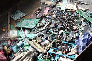 Bộ Tài nguyên lên tiếng vụ đốt rác điện tử gây ô nhiễm Hà Nội