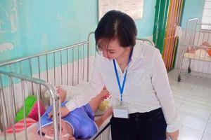 Người phụ nữ Sài Gòn chờ con vào đại học mới ly hôn