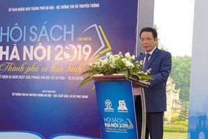 Hội sách Hà Nội 2019: Đọc sách để làm giàu thêm vốn sống cho mình