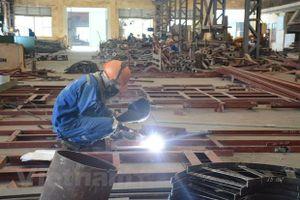 Ngành công nghiệp đóng tàu đứng trước nguy cơ 'chảy máu' lao động