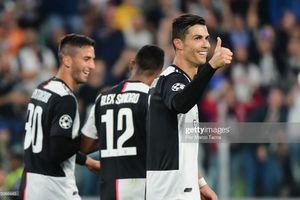 Ronaldo thể hiện đẳng cấp, Juventus 'đè bẹp' Bayer Leverkusen