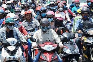Hà Nội: Ô nhiễm không khí, khẩu trang chống bụi mịn đắt khách